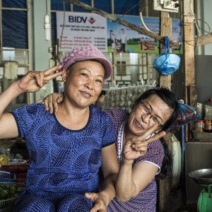 Friendly sellers at Phan Rang fresh market